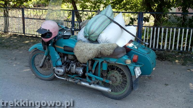 Polska wieś Strycza - Wyprawa rowerowa Mołdawia 2015, dz.4 motor junak trekkingowo