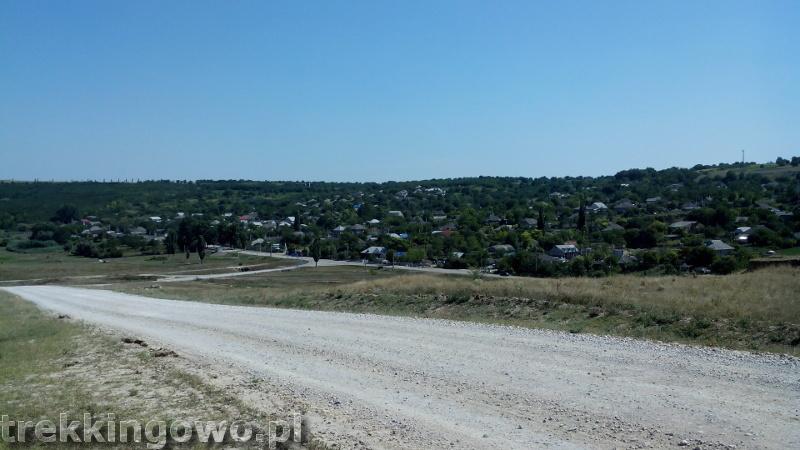 Mołdawia - Dzień 6 zjazd biały szuter trekkingowo