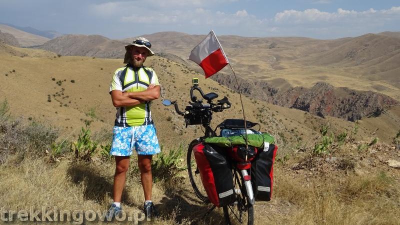 Ararat - u podnóża świętej góry Ormian armenia pustynia 2 trekkingowo