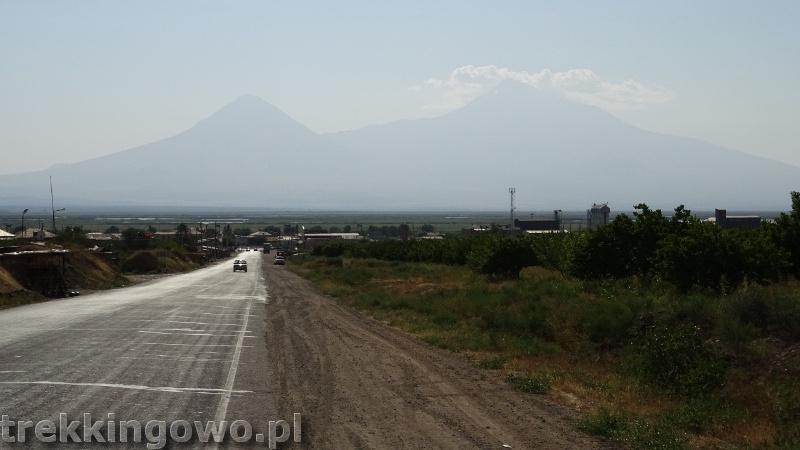 Ararat - u podnóża świętej góry Ormian ararat trekkingowo
