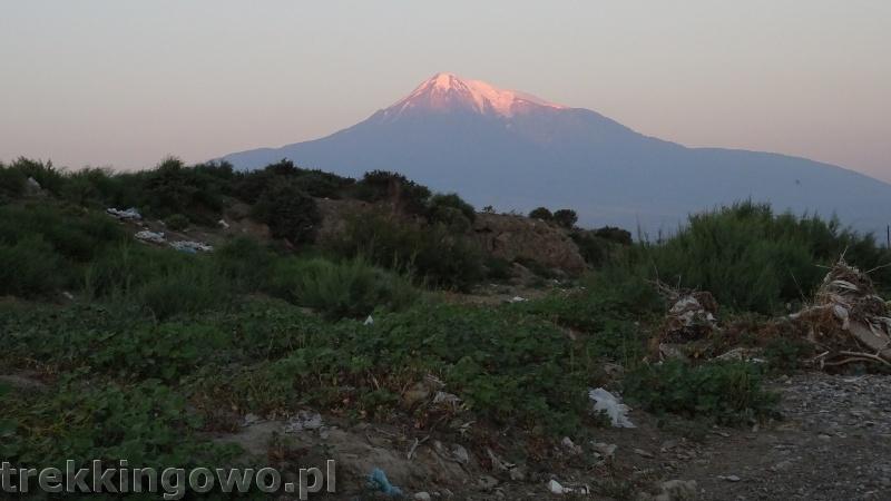 Ararat - u podnóża świętej góry Ormian ararat 6 trekkingowo