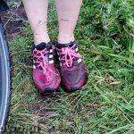 szlak latarni morskich słowiński park narodowy kluki ubłocone buty trekkingowo