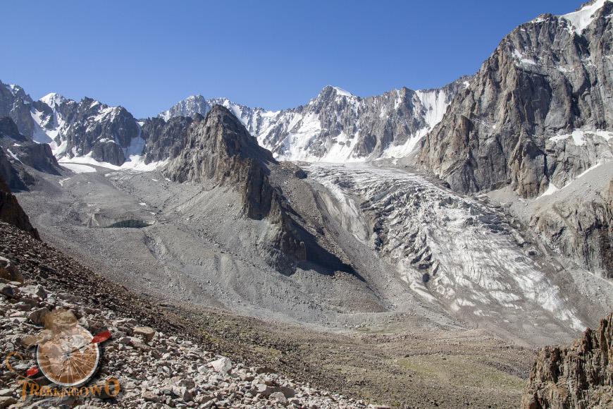 szczyt góra uczyciel trekkingowo