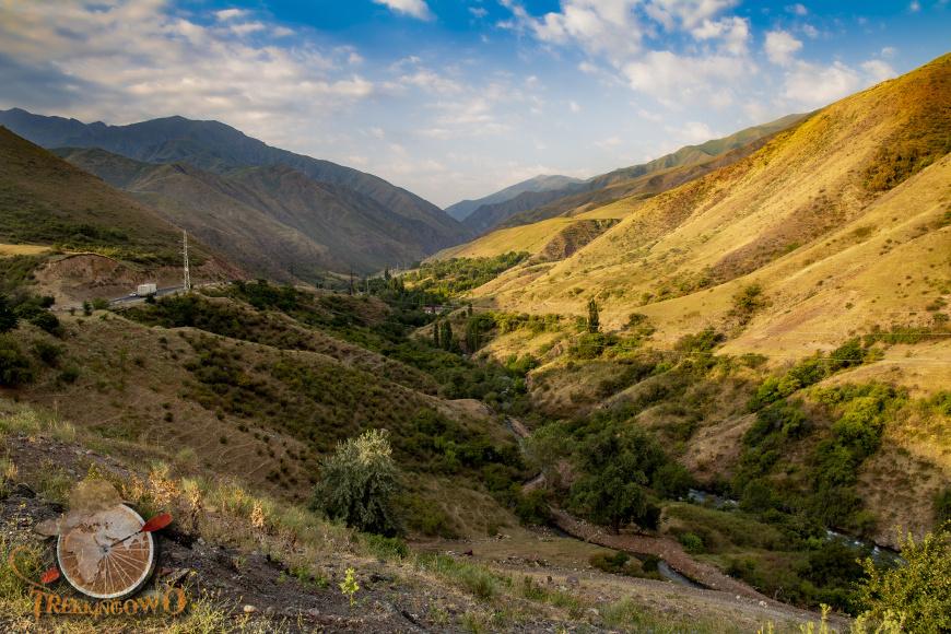 jurta kirgistan przelecz trekkingowo