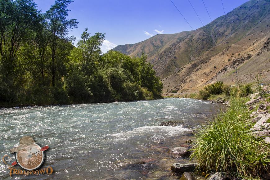 jurta kirgistan rzeka trekkingowo