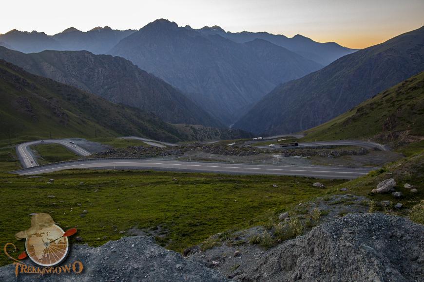 jurta kirgistan zachód góra trekkingowo