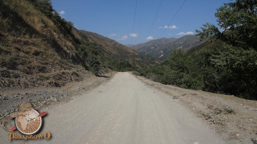 kirgistan kazarman trekkingowo droga 03