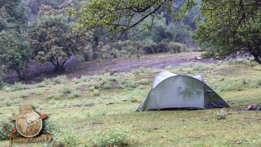 kirgistan kazarman trekkingowo namiot deszcz 05