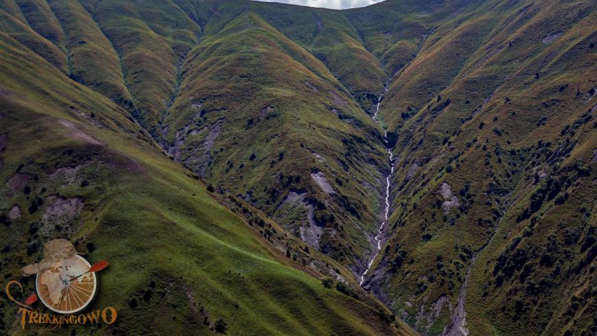 kirgistan kazarman trekkingowo zbocze 14